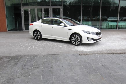 Kia Optima vodilna