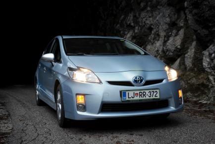 Toyota Prius Plug-in vodilna