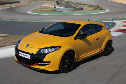 Renault_32565_global_en