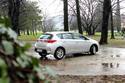 Toyota Auris vodilna