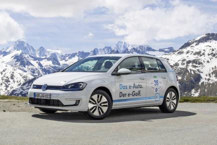 WAVE TROPHY 2014 e-Golf siegt auf groeter Elektrofahrzeug-Rallye der Welt