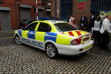 manchester-jaguarxj-policecar-9579921-l