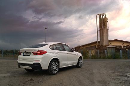 BMW X4 3.0d 02