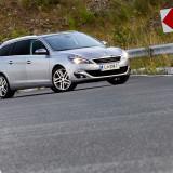 Peugeot_308_SW_12_eTHP_01