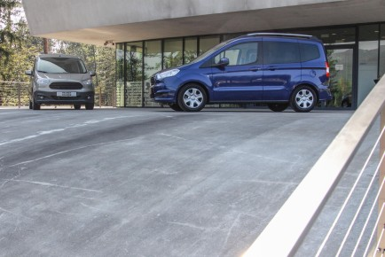 Ford Courier Tourneo Transit-1