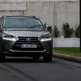 Lexus NX 300h  (1)