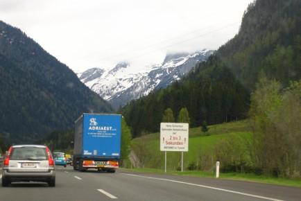 europe2005_austria_alps_1031747_h
