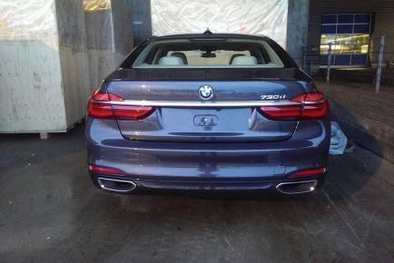BMW 7 01