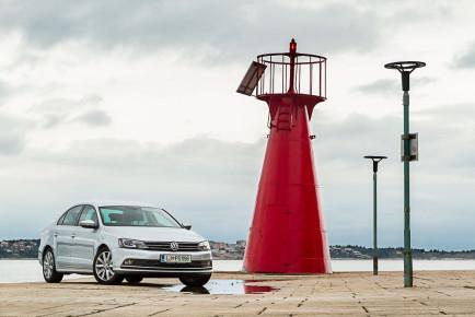 Volkswagen_Jetta_20_TDI_Sport_01