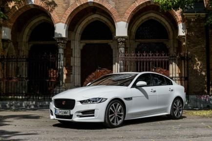 Jaguar XE_1