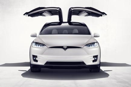 Tesla-Model-X4