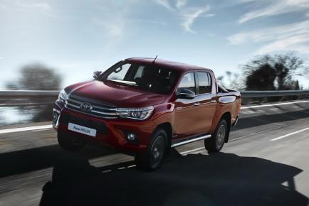 Toyota-Hilux-EU-spec-1
