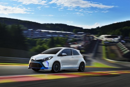 Toyota-Yaris-Hybrid-R-Concept-1