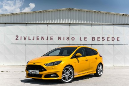 Ford-Focus-ST_1-1600x1068