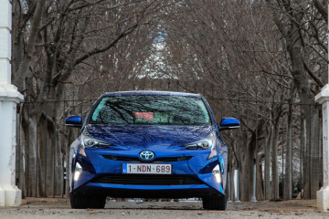 Toyota Prius 2016-19