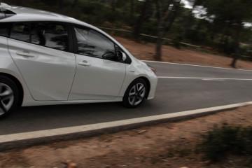 Toyota Prius 2016-37