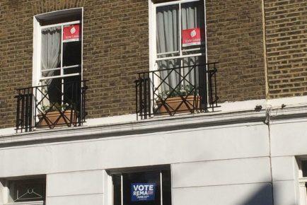 Vote_Leave_and_Vote_Remain_posters_in_Pimlico,_June_2016