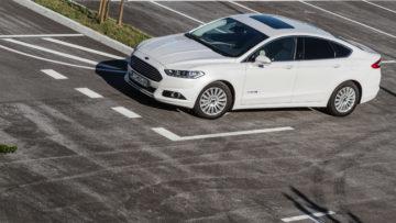 Ford_Mondeo_Hybrid_31