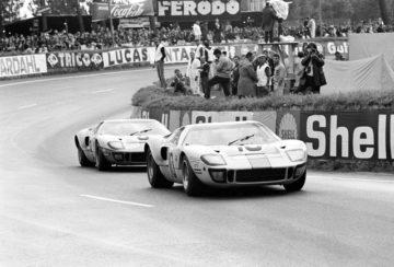 Poklon legendi_Ford GT40_21