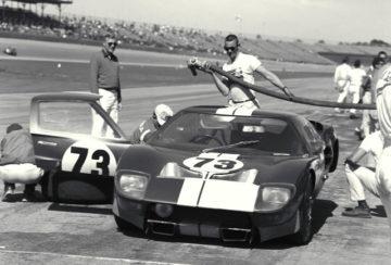 Poklon legendi_Ford GT40_9