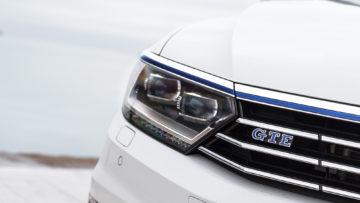 Volkswagen_Passat_GTE_04