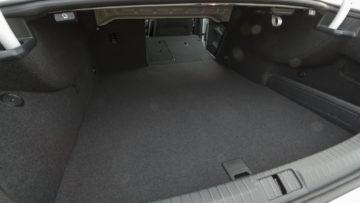 Volkswagen_Passat_GTE_29