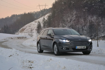 FORD MONDEO AWD 01