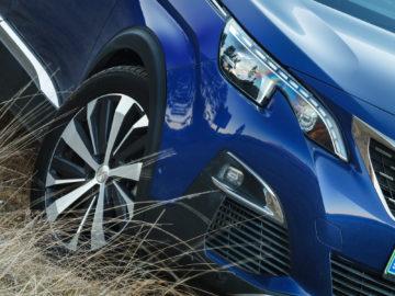 Peugeot_3008_GT_42