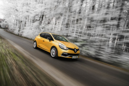 Renault-Clio-RS_5-1600x1067