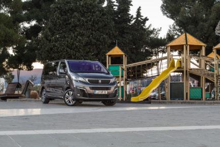 Peugeot_Traveler_L2_BlueHDi150_001