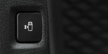 Peugeot_Traveler_L2_BlueHDi150_19