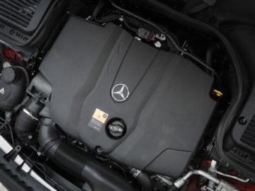 Mercedes-Benz_GLC_Coupe_250d_17