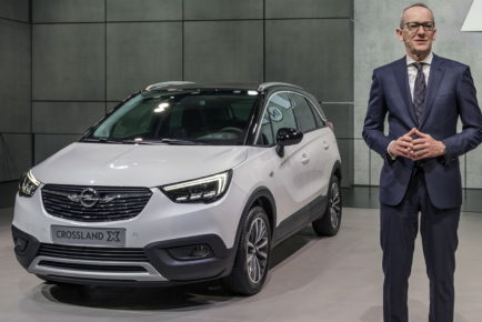 Opel-Press-Conference-Geneva-2017-305571