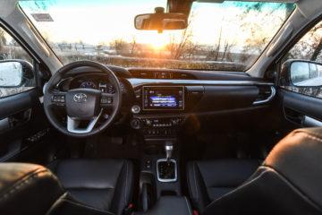 Toyota Hillux _17