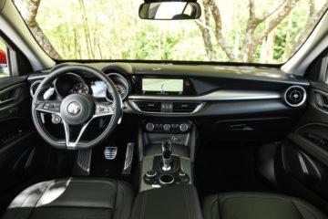 Alfa Romeo Stelvio 14