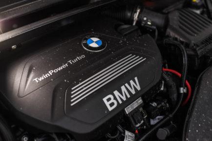 bmw-x1-18d-xdrive_43-1600x1068