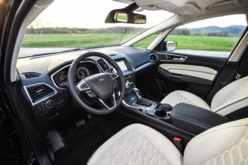 Ford S-Max Vignale 2.0 TDCi Powershift 14_