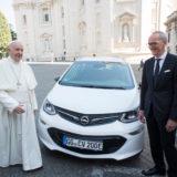 Papež Frančišek Karl Thomas Neumann Opel Amera E
