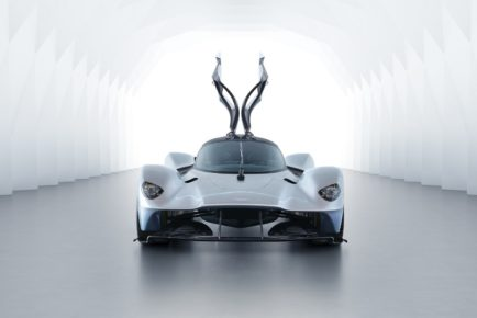 Aston-Martin-Valkyrie-2