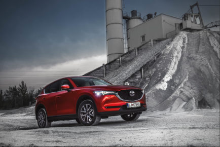 Mazda CX-5 CD175 Revolution Top 3