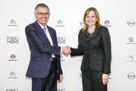PSA-Group-CEO-Carlos-Tavares-and-GM-CEO-Mary-Barra-304742