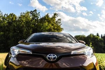 Toyota C-HR Hybrid_6