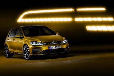 2017-VW-Golf-1