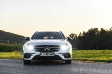 Mercedes-Benz E220d model T 8