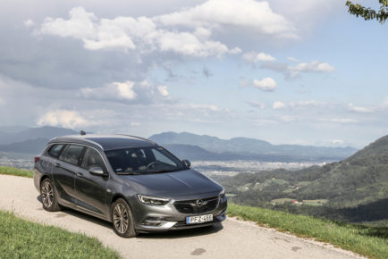 Opel Insignia Sports Tourer (14)
