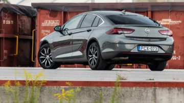 Opel_Insignia_GS_15_Turbo_165_30