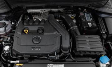 Volkswagen_Golf_15TSI_110kW_19