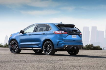 2019-ford-edge-st-debuts-with-335-hp-27-liter-ecoboost-v6_4
