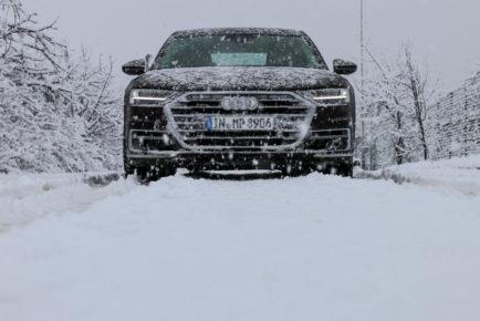 Audi A8 (8)