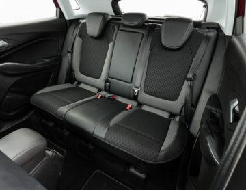 Opel_Grandland_12_Turbo_23